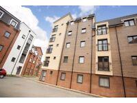 Large 1 bedroom flat in Quercetum Close, Aylesbury, HP19