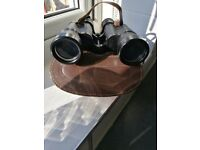 Binoculars. Vintage Prinz 8 x 40 binoculars, great condition,complete with case and lens covers
