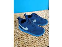Toddler Nike Roshe 6.5