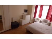 Beautifully Presented LARGE Double Room / Bow E3, ZONE 2 / All Bills Inc / Avail NOW !!