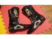 Motorbike boots size45 uk10.5