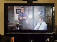 32 inch Sharp LCD TV - Functional but faulty