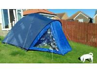 4 MAN DOOM TENT WITH DOUBLE AIR BED. DOUBLE SLEEPING BAG AND 12V COOL BOX