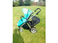 Oyster Max with lower seat and carrycot