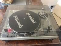 Gemini PT 2400 turntable