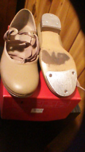 Dance Tap Shoes & Clothing