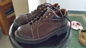 SAFETY SHOES - WOMEN'S