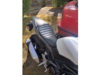 Suzuki SV650 2016 Tuck Roll Seat