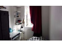 ZONE 2 Single room near the Bow road tube station