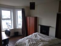 Holiday 4 bedroom house let Bournemouth