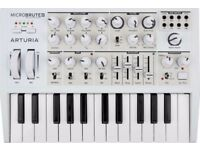 ARTURIA MICROBRUTE SE WHITE LIMITED EDITION BOXED WITH FACTORY CONTENTS EXCELLENT CONDITION
