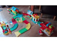 ELC Happy Street with Fire Station, Car Wash, Farm and Car Park