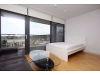 3 New Luxury Rooms Greenwich Move in Today !!