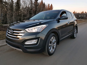 2013 Hyundai Sante Fe - MINT - LOADED - 4 YRS LEFT ON WARRANTY