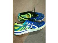 Asics trainers size uk 7.5