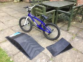 BMX - GT Slammer plus ramps
