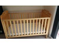 Nursery cot bed