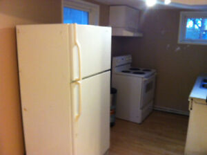 Free Rent!!!-Bsmt Suit-10848 68 Ave-South Side-Close to U of A