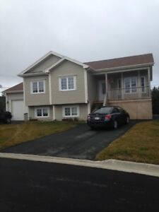 Available Now! Nice modern 2 Bedroom in Paradise Ridge