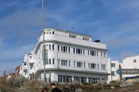 3 bedroom flat in Marine View, Brighton, BN2 (3 bed)