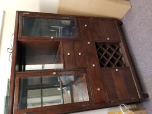 Display wine cabinet with lights