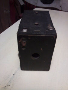 Vintage Kodak No.2 Brownie camera Model B