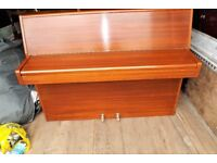 Piano Modern full octave Overstrung underdamp