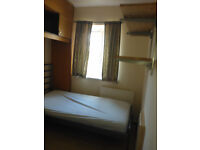 Single Room Available!!