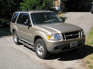 2001 Ford Explorer Sport SUV - Excellent Condition