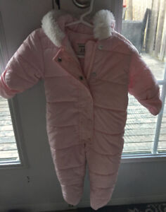 Baby girl snow suit - 3-6 months - like new! Old Navy