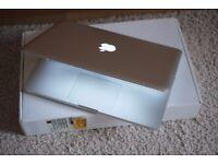 "Apple MacBook 13.3"" 2.0GHz/2GB/160GB"