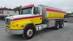 1997 Freightliner FL112