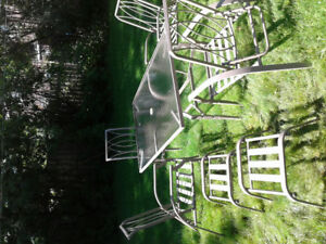 outdoor dining set-new but never used $250.00 or BO