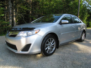 2013 Toyota Camry LE *Top Shape and Priced to Sell!*