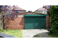 Large triple garage/ Workshop/unit available with services