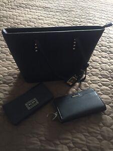 women's Aldo handbag and wallets.