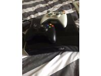 Xbox 360, games + 2 controllers
