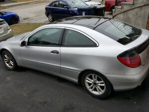 2002 Mercedes-Benz C230 Kompressor, 184K, 76 year old lady owned
