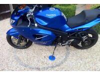 Triumph st1050