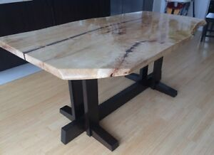 Live Edge Tables…..Dining / Coffee / Computer Desks