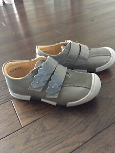Girls shoes, all leather
