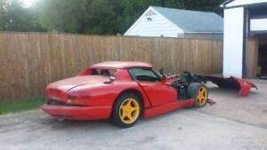 Wanted Dodge Viper Project/damaged or rebuilt