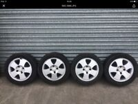 Ford Focus alloy wheels x4 with tyres