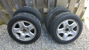 2009. Toyota Camry rims 5x114.3 OEM,205-55-16 Michelins x-ice