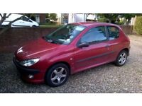 Red Peugeot 206 XSi - year 2001 - ideal as a first car