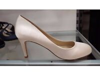 Debut ivory wedding shoes, bridesmaids' shoes, size 5