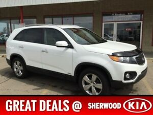 2013 Kia Sorento AWD EX Leather,  Heated Seats,  Back-up Cam,  A