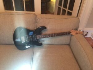 Yamaha Electric Guitar and Pevey Amplifier & 3 Guitar Lessons