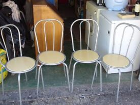 Set of 4 metal and wooden stackable chairs