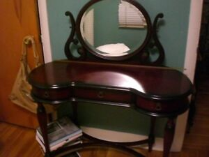 Beautiful vanity for sale